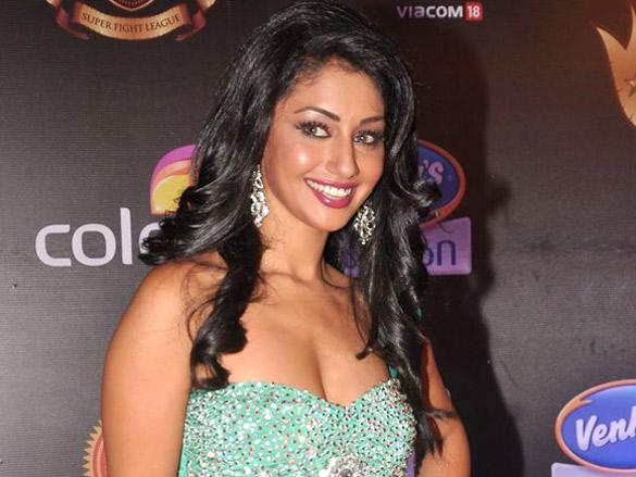 Mahek Chahal Photos, Pics Hot Images Wallpapers - Mazale