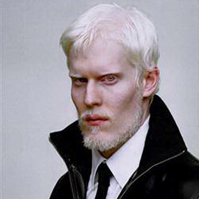 Male Model Stephen Thompson     Zand's Wacky World