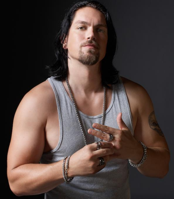 Man Up With Steve Howey   Men's Fitness