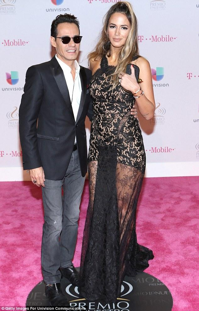 Marc Anthony Cuddles Up To Wife Shannon De Lima At Univision Latin