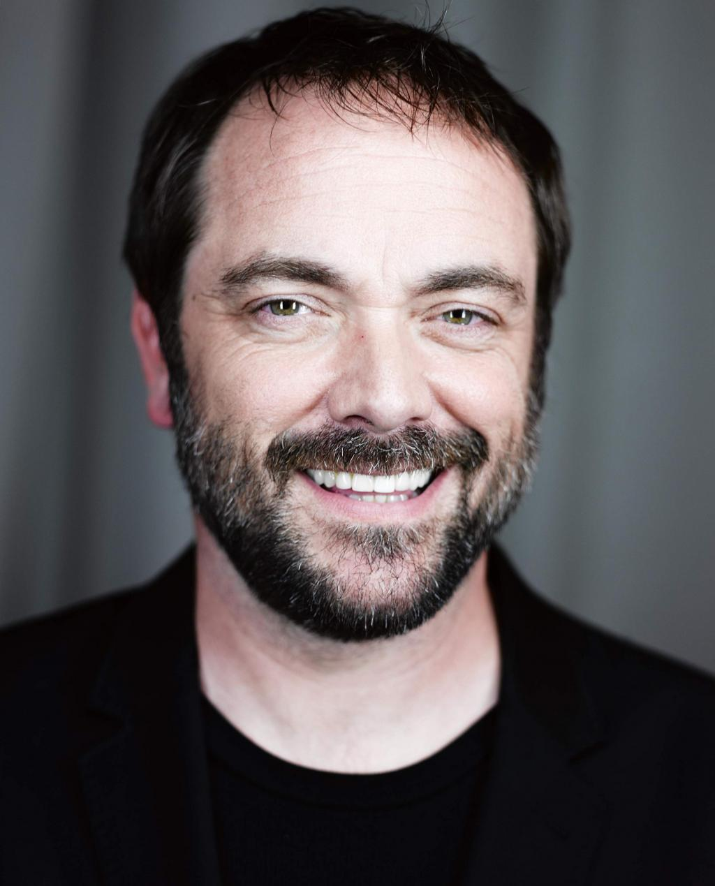 Mark Sheppard Photo Gallery - 15 High Quality Pics Of Mark Sheppard