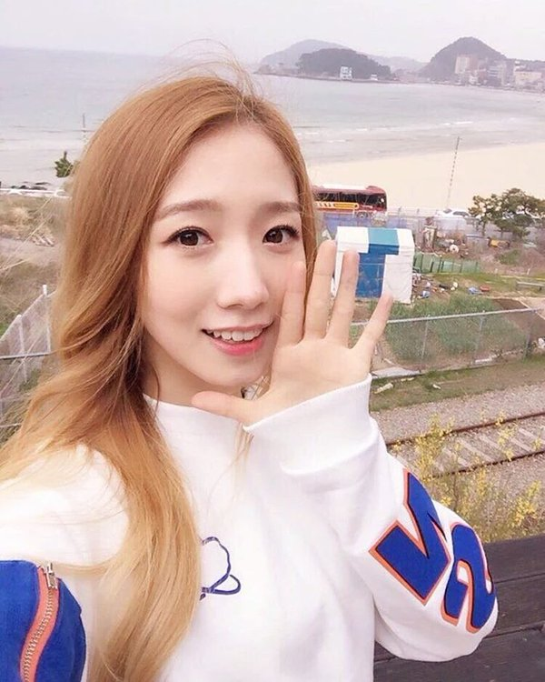Mei Qi Photos and Wallpapers