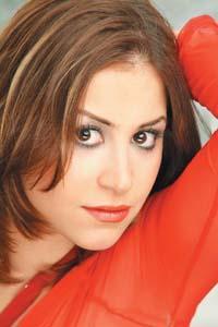 Menna Shalabi - Wikipedia