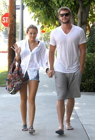 Miley Cyrus And Liam Hemsworth: A Relationship Timeline - Miley