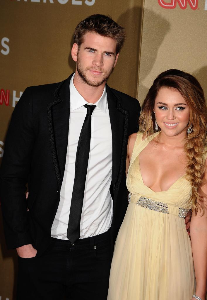Miley Cyrus Liam Hemsworth Engagement     Miley Cyrus And Liam