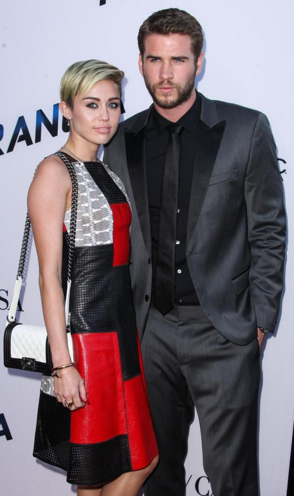 Miley Cyrus, Liam Hemsworth Split Up? Engagement Ring Off Again In