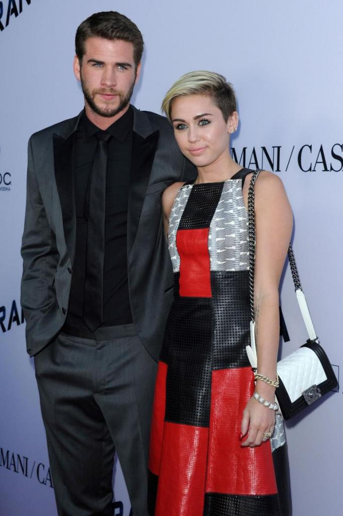 Miley Cyrus, Liam Hemsworth Wedding In 2016? Even Without A