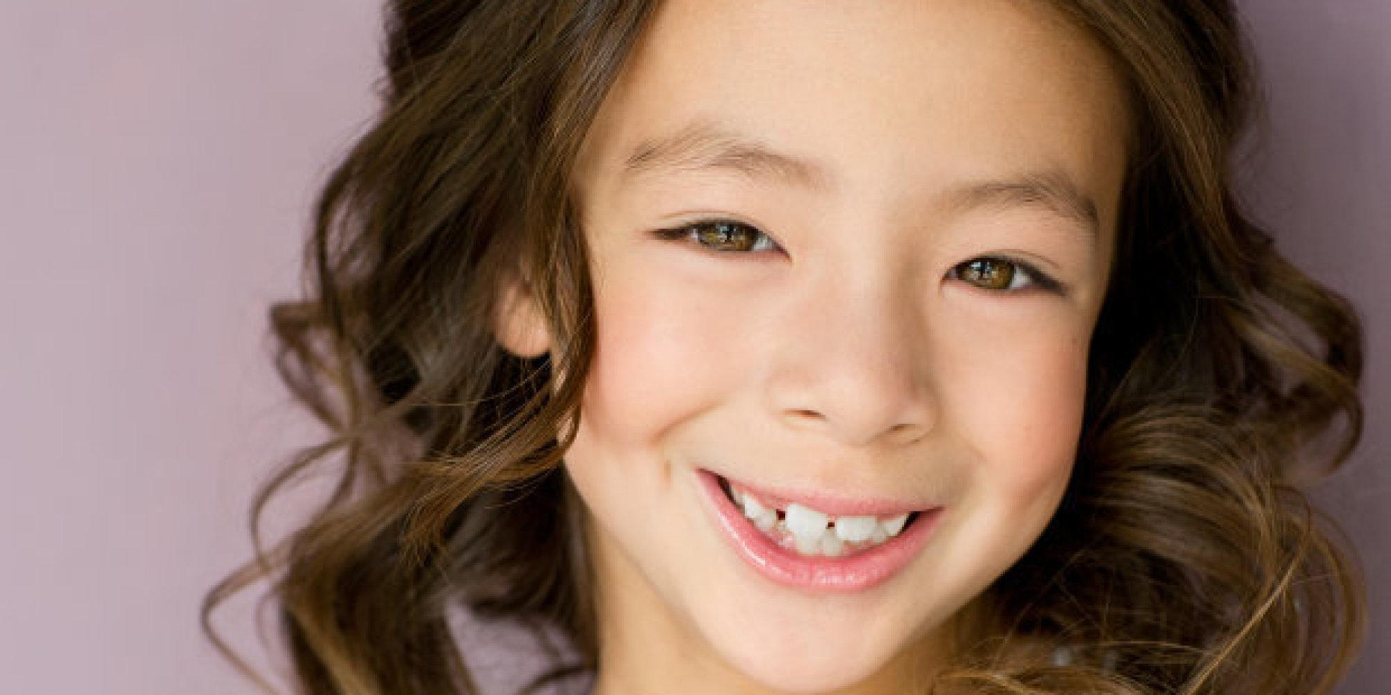 Modern Family Star Aubrey Anderson-Emmons Talks What It's Like To Be