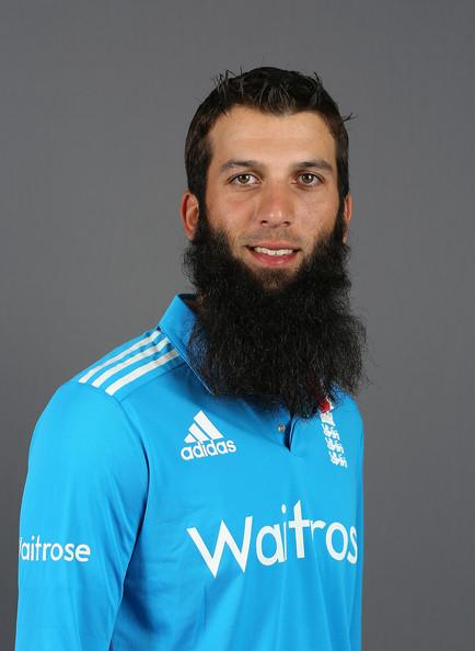 Moeen Ali Photos Photos - England One Day International Team