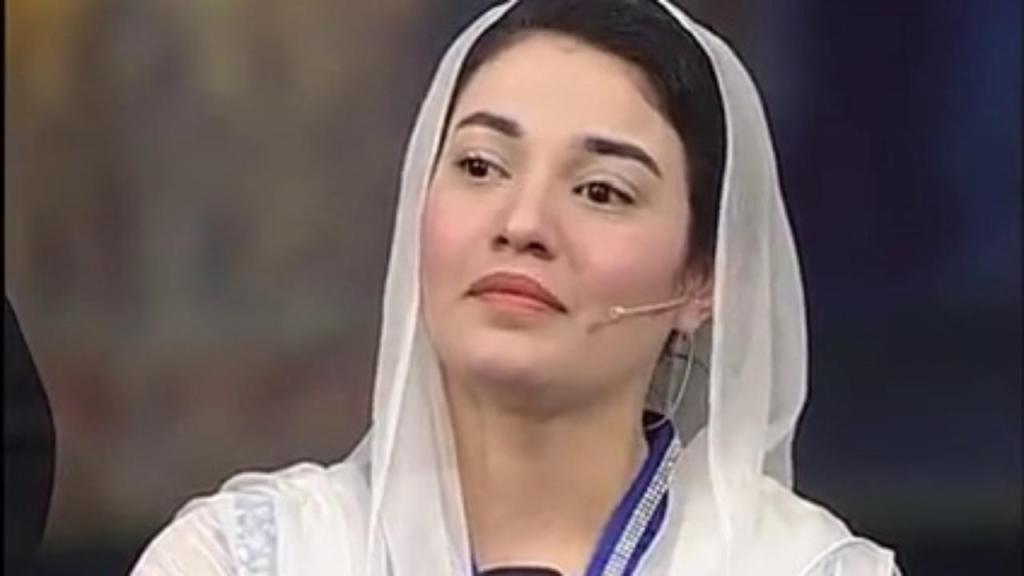 Muniba Mazari - An Inspiration - PKKH.tv