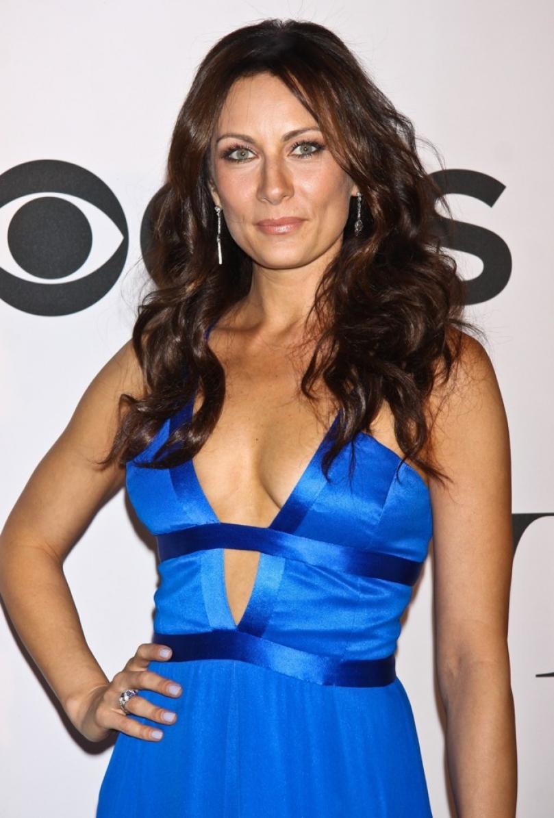 Nashville's Laura Benanti Joins CBS' Supergirl