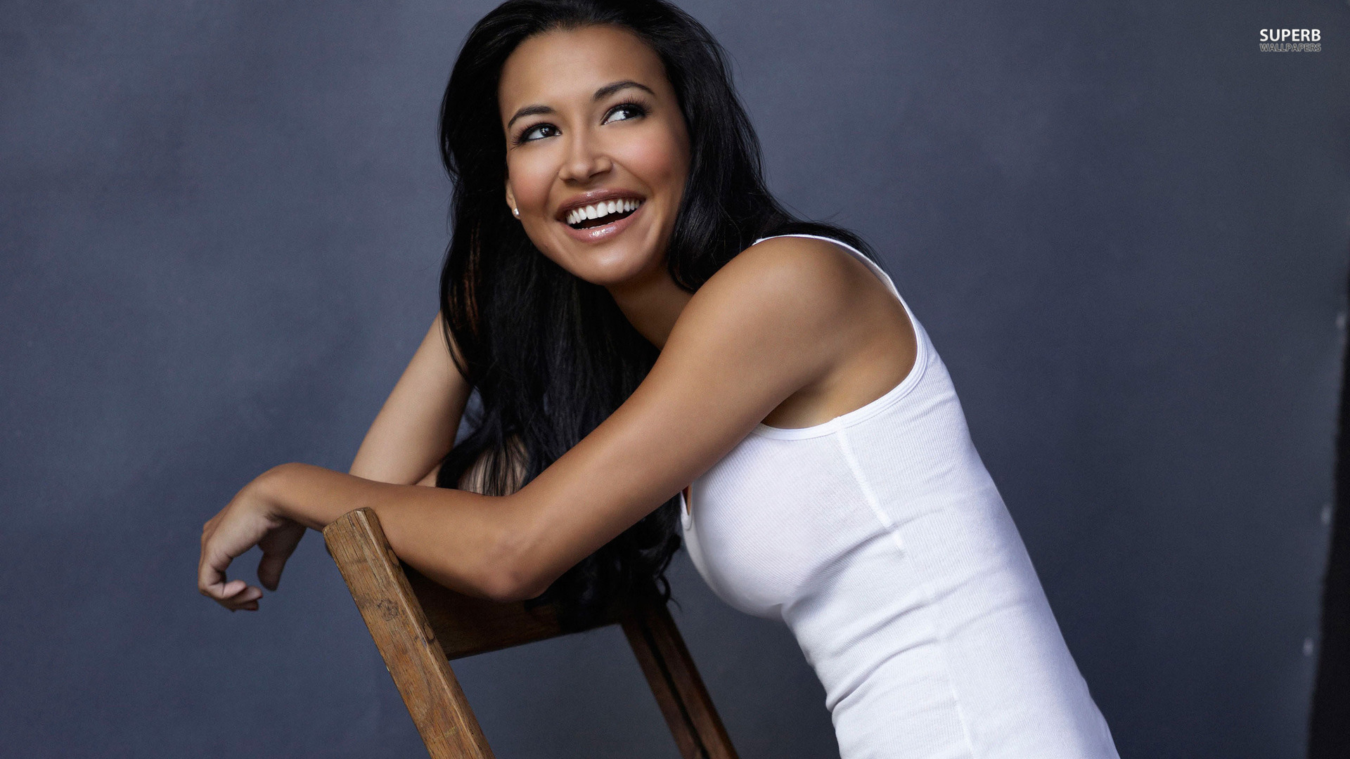 Naya Rivera Comes Out As Bisexual And Crazy