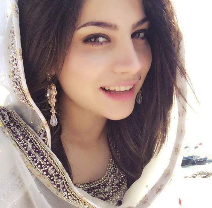 Neelum Munir Was Offered To Work In Anti-Pakistan Movie   FEED