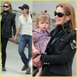 Nicole Kidman & Sunday Rose: Family Fun!   Celebrity Babies, Keith