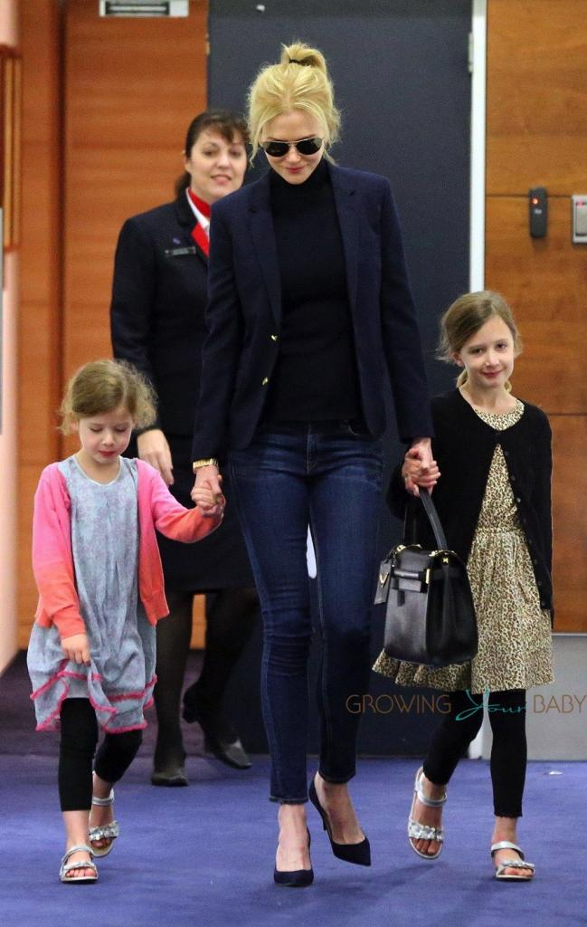 Nicole Kidman Arrives In Sydney With Her Daughters Faith And
