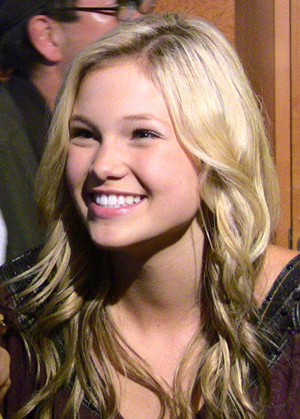 Olivia Holt - Wikipedia, The Free Encyclopedia