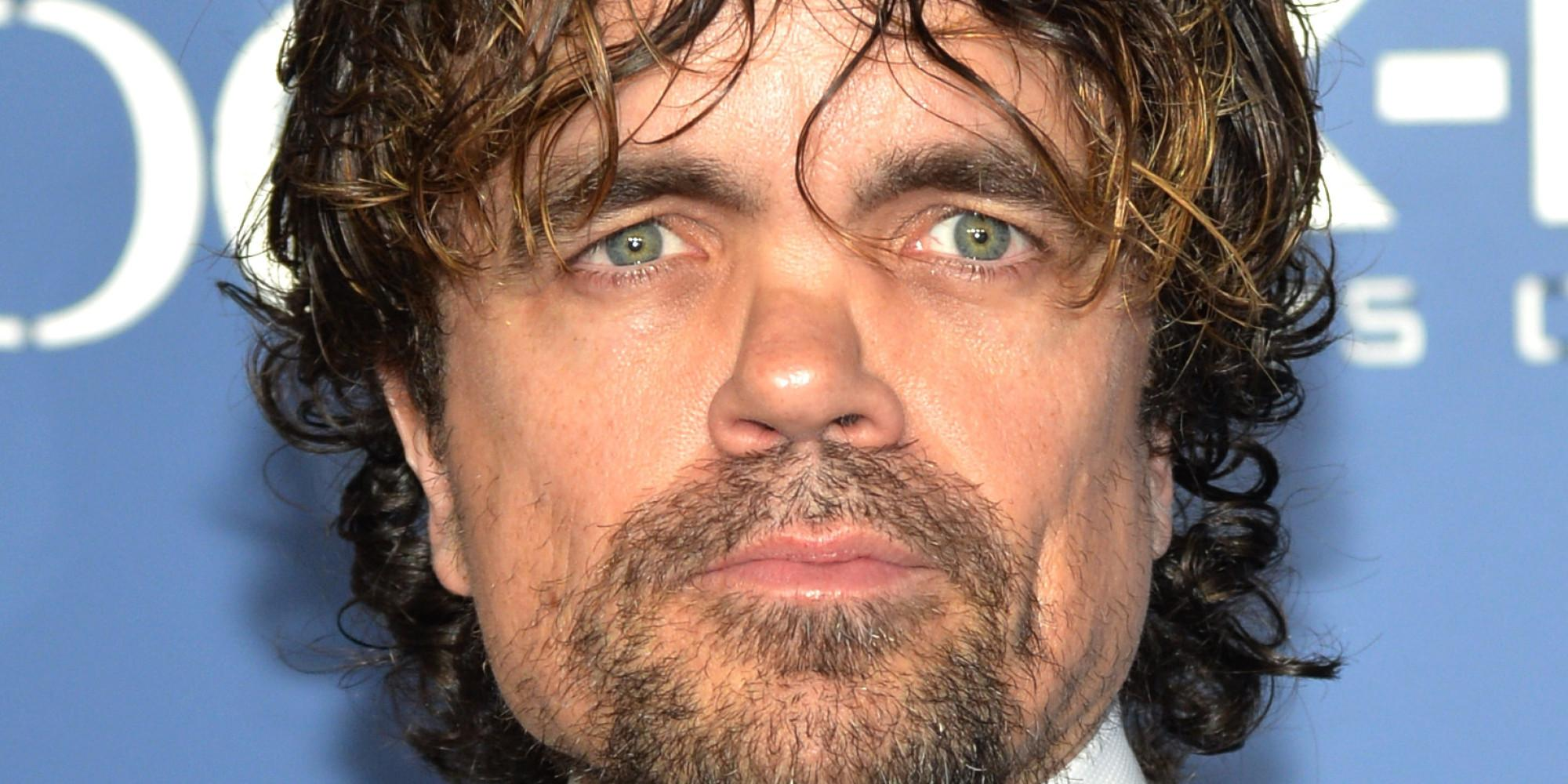 Peter Dinklage Taking A 'Selfie' With Grumpy Cat Is The
