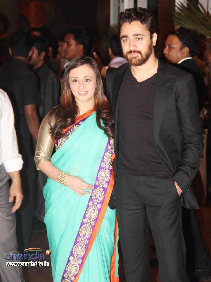 Photos : Ritesh Deshmukh And Genelia D'Souza Wedding Reception