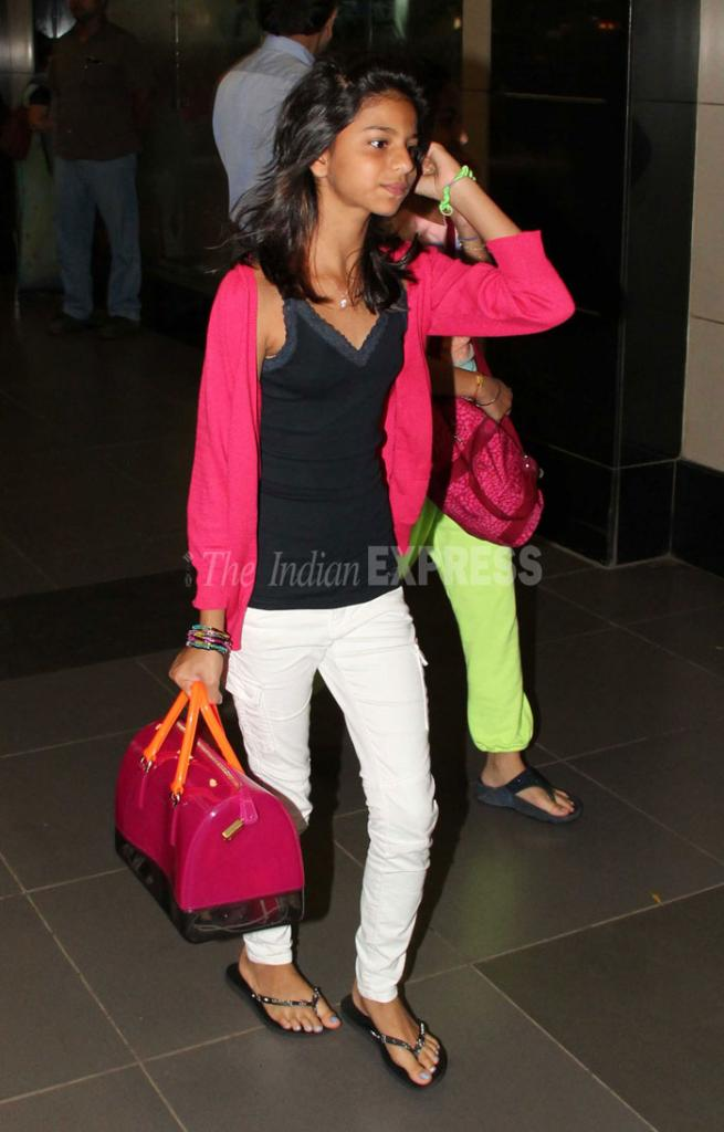 PHOTOS: SRK's Daughter Suhana Is Growing Fast Photo Gallery, Picture
