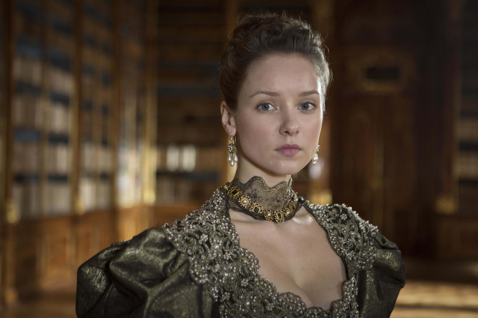 PIX: The Musketeers - Alexandra Dowling Talks About Her Character
