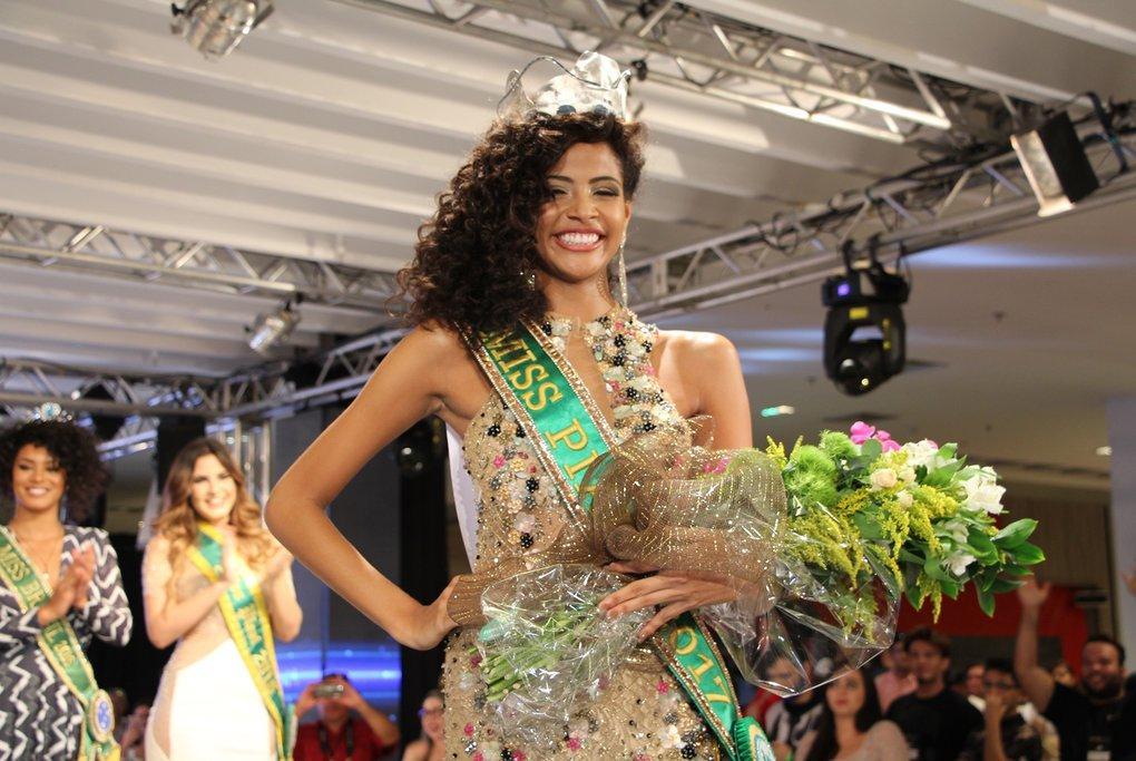 Portal Cidade Luz     Monalysa Alc  Ntara    Eleita Miss Piau   2017 Be