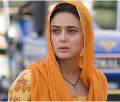 Preity Zinta Without Makeup - Top 10 Pictures