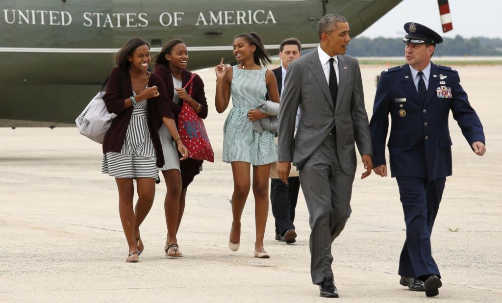 President Obama Hits New York City With Daughters Malia And Sasha