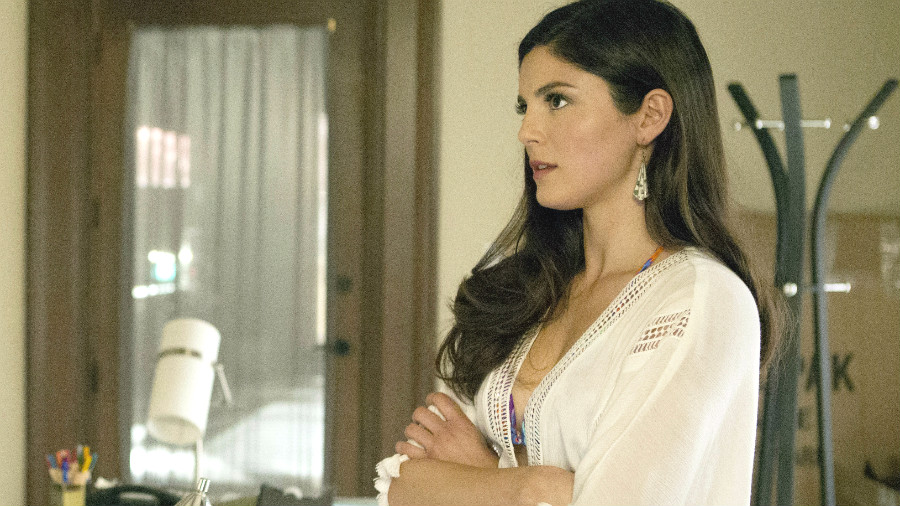 Rachel And Yael Have Some 'UnREAL' Secrets To Tell     Zap2It