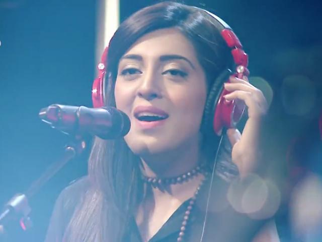 Rahma Ali's Gaari Moving Forward Halke Halke - The Express Tribune
