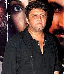 Rahul Dholakia - Wikipedia