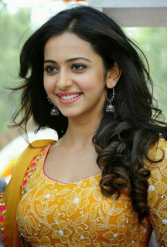 Rakul Preet Singh Hot, Sexy And Beautiful Pics - 20 HD Photos Of