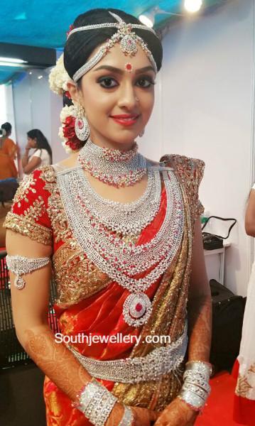 Ravi Pillai Daughter Arathi's Wedding Jewellery - Jewellery Designs