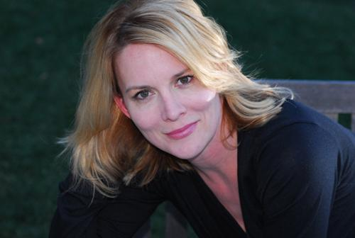 """Remember Laurel Holloman From """"The L Word""""?   The Next Family"""