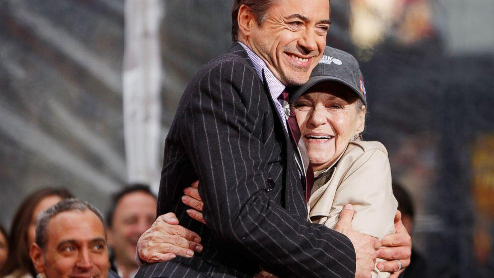 Robert Downey Jr. Pays Tribute To His Late Mother, Elsie