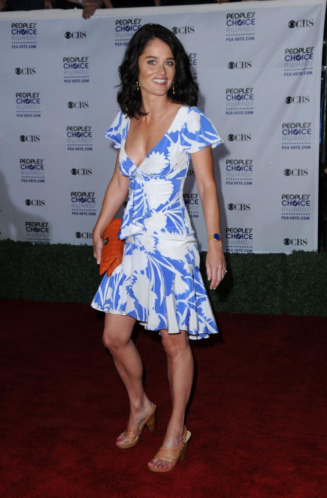 Robin Tunney - 35th Annual People's Choice Awards - Arrivals   Photo