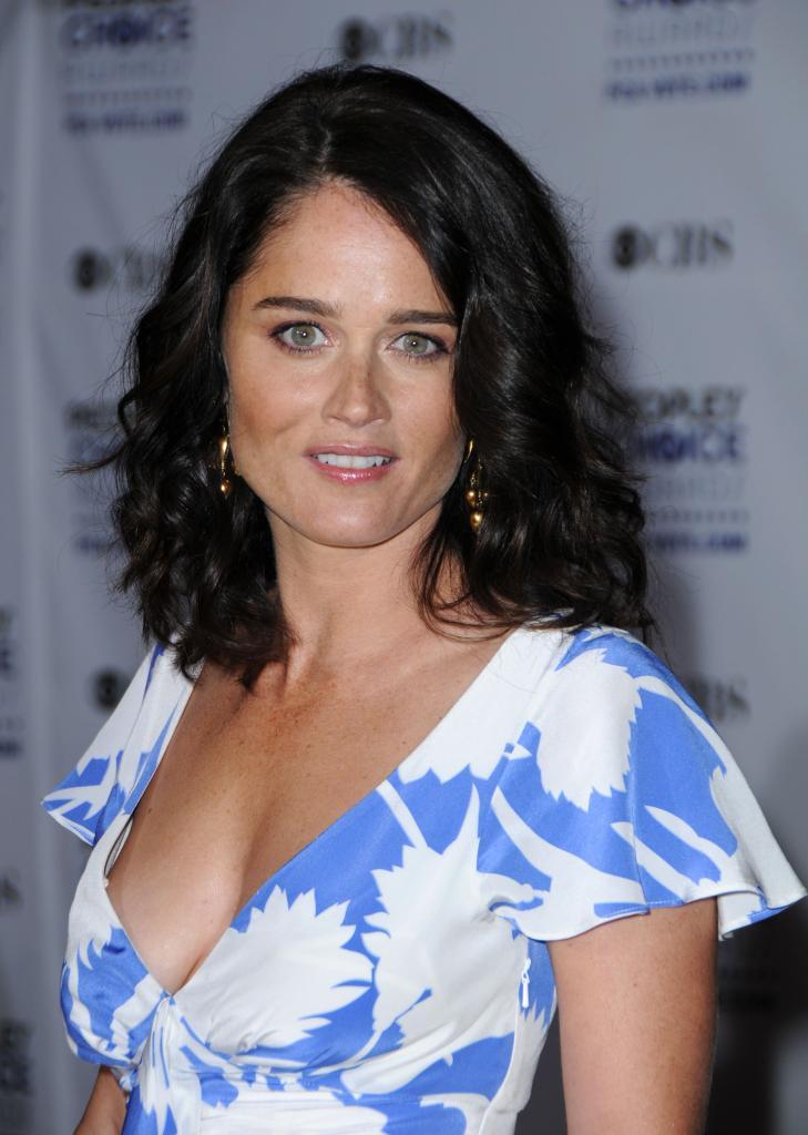 Robin Tunney Plays Teresa Lisbon On The Mentalist   TV Characters