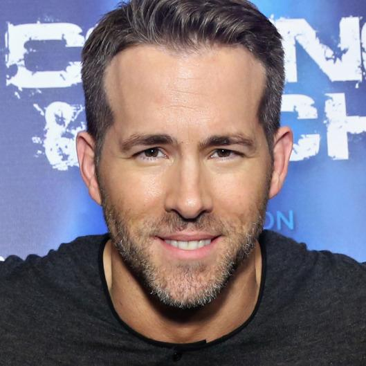 Ryan Reynolds: Green Lantern Is A 1 Out Of 10 -- Vulture