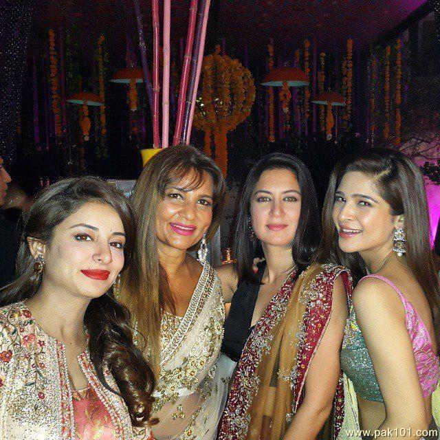 Sanam Saeed Marries Childhood Friend Farhan Hasan - News And