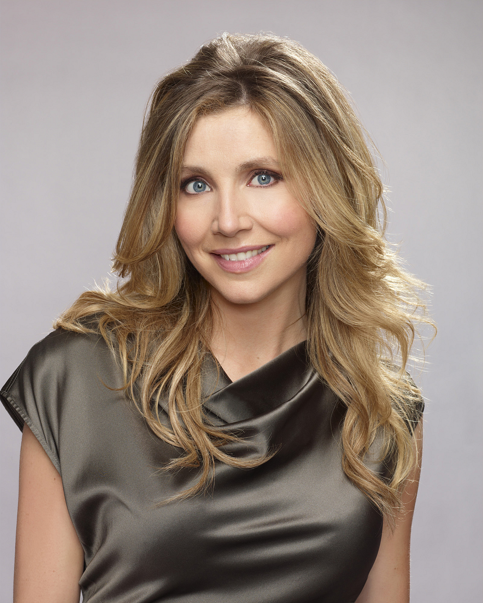 Sarah Chalke Health, Fitness, Height, Weight, Bust, Waist, And Hip