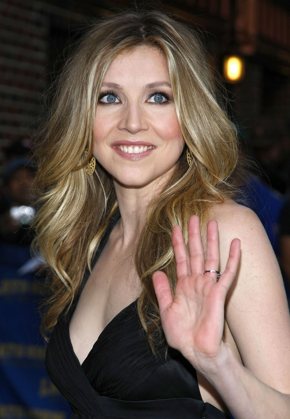 Sarah Chalke Plastic Surgery     Before And After Pics