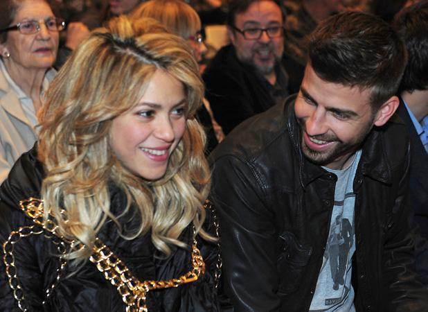 Shakira, Gerard Piqu   Look Loved Up At Book Launch Without Baby