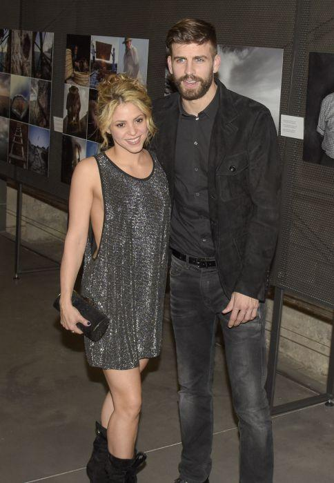 Shakira Glams Up To Support Partner Gerard Piqu   At Sports Awards