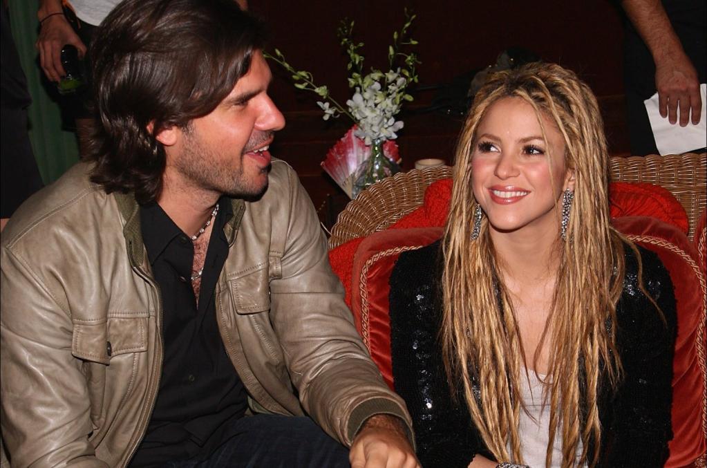 Shakira Le Gana La Demanda A Antonio De La R  A Y Le Pide Cuenta