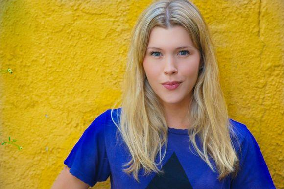 Sharon Hinnendael On Pinterest   Models, Machine Head And Anatomy