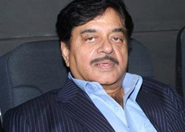 Shatrughan Sinha Polishes Defense, Says 'PM Does It Too'