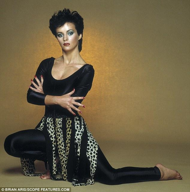 Sheena Easton, 54, Looks Fragile As She Is Wheeled Out Of