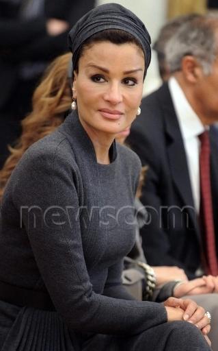Sheikha Mozah In Blue Valentino   Sheikha Mozah Bint Nasser Al