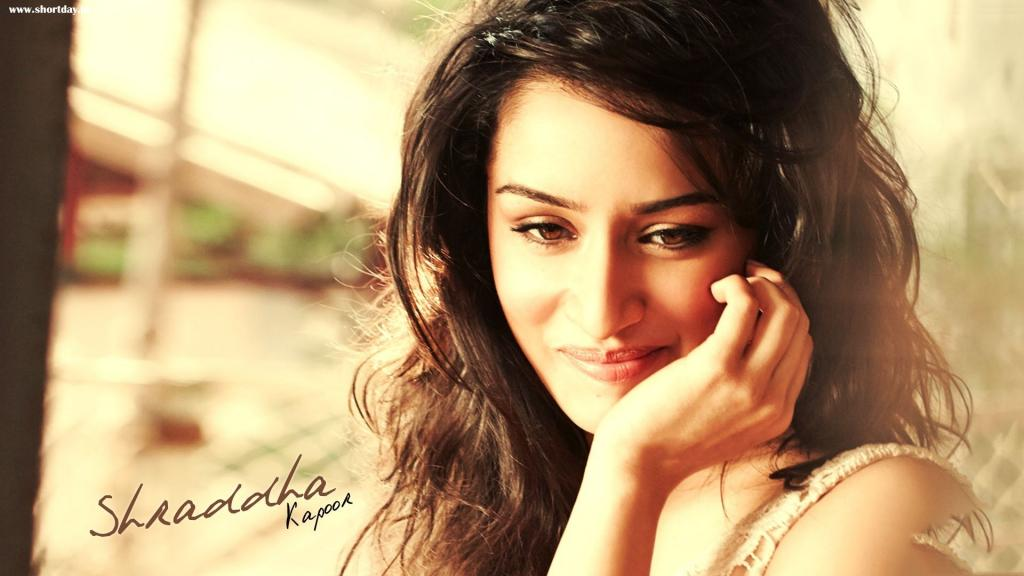 Shraddha Kapoor Beautiful HD Wallpaper