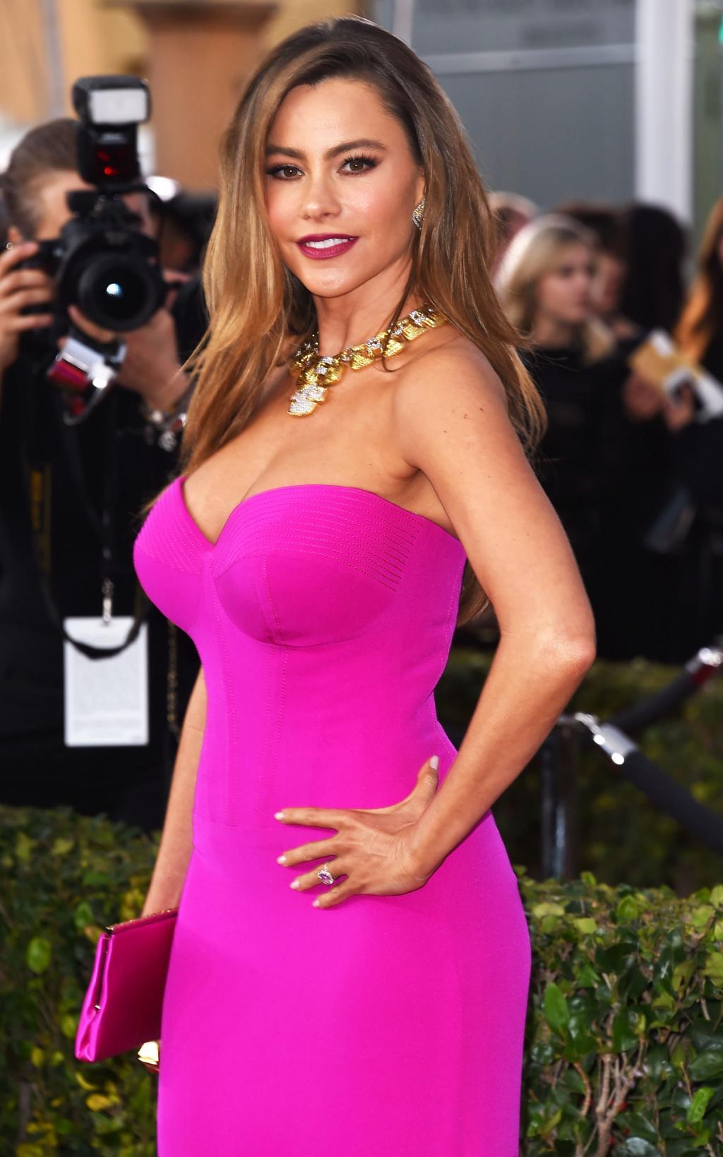 Sofia Vergara Admits Red Carpet Dresses Are Super Uncomfortable Due