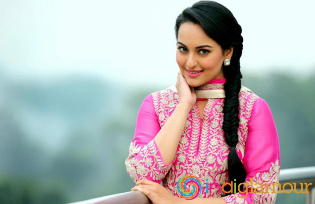 Sonakshi Sinha   HD Wallpapers HD Pics